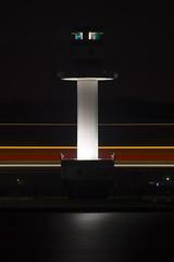Leuchtturm mit Leuchtspur (Witz und Verstand) Tags: lighthouse night licht nacht minimal 300mm tele ostsee kiel dunkel leuchtturm schleswigholstein kielerfrde beleuchtet minimalismus falckenstein reduziert lichtstimmung stilisiert