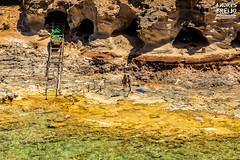 Nudistas en el paraiso (Andres Breijo http://andresbreijo.com) Tags: nudismo nudista nudistas desnudo desnudos nudist nude playa beach rocas rocks barca boat formentera baleares balearic espaa spain