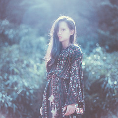 [ Still Breathing] - VI (CY Cheng Photography) Tags: nikon f100 50mm f14 film    girl portrait sun light people   art  cy cheng photography cychengphotography mountain bright taiwan nikkor sky white nature tree green clouds landscape summer analog analogue analoog ishootfilm naturallight project shotonfilm