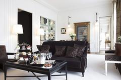La-Reserve-Paris-Suite-Prestige-202