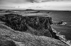 Bgh nan Gunnaichean (Barry Carr) Tags: minoltalens sony monochrome scotland minolta mono isleofskye landscape rokkor minoltarokkor35mmf28 a7 bw 35mm blackandwhite sonya7