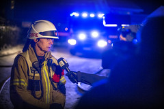 lmh-rundtjernveien140 (oslobrannogredning) Tags: bygningsbrann brann brannvesenet brannmannskaper slokkeinnsats brannslokking brannslukking operativmediehåndtering mediehåndtering pressemøte brigadesjef