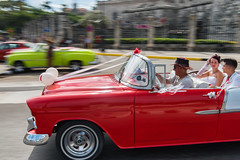 Malecn Wedding Drive (Warriorwriter) Tags: lahabana havana cuba cu culture people travel street classic car wedding nuptials drive red bride groom