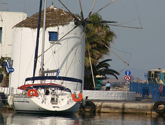 Molino (Aproache2012) Tags: navegar mediterraneo cicladas peloponeso flotilla familar nios vacaciones relax
