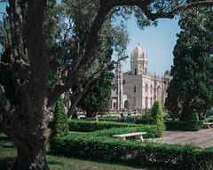 Jerome's park (V.H. Belvadi) Tags: belvadi d600 europe lisboa lisbon mediterranean nikkor2485mmafsgedvr nikon portugal portuguese vhbelvadi venkatram venkatramharishbelvadi dslr travel vhbelvadicom mosteirodosjeronimos stjeromesmonastery
