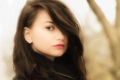 Alexandra (andreamendola) Tags: girl woman donna ragazza hair capelli skin pelle facial viso labbra eye eyes occhio sguardo brown mora cute pretty sexy seduce red portrait ritratto primopiano seducente seduzione out outdoor park