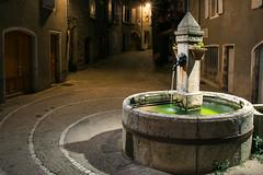 Fontaine ronde de nuit (Laurent Moulin photographie) Tags: ntpezat sous bauzon de nuit fontaine ronde voie jules cesar