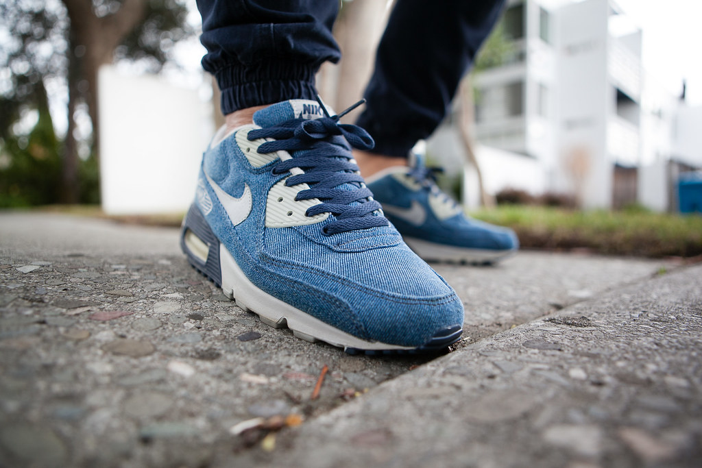 outlet store d1486 35990 Nike Air Max 90 Courir Denim Collette Exclusive 09.16.2015 (sling