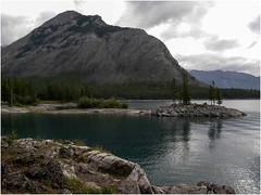 Lake-Minnewanka-in-Banff-National-Park-(34) (F. Ovies) Tags: canada montaas rocosas