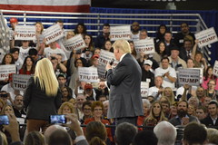 Trump in Des Moines (aj.hanson1) Tags: white house brad scott fairgrounds town hall election state secret rally tamara protest fair iowa donald presidential service candidate republican trump zaun primary protester patrol caucus 2016