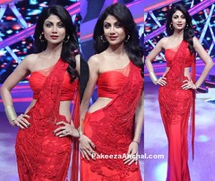 Shilpa Shetty in Red One Shoulder Saree Blouse with Gown Saree in Nach Baliye (shaf_prince) Tags: shilpashetty bollywoodactress designerwear partywearsarees celebritydresses indianfashiondesigners blousebackneckdesigns blousepatterns blousebackdesigns bollywooddesignerdresses oneshoulderblouse dresseswithlace actressinreddresses blousemodels blouseneckdesigns gownstylesaree sareegown sareestylegown sheernetblouse