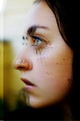 jasmin (jasmin.adams20) Tags: glitter 50mm artistic brunette
