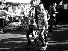 ManiFiesta  20160917_0591 (Lieven SOETE) Tags: child enfant kind kid bambini 2016 manifiesta bredene belgium belgique diversitay diversiteit diversit vielfalt  diversit diversidad eitlilik solidarity  solidaridad solidariteit solidariet  solidaritt solidarit  people  human menschen personnes persone personas umanit young junge joven jeune jvenes jovem reportage  reportaje journalism journalisme periodismo giornalismo  lady woman female  vrouw frau femme mujer mulher donna       krasnodar family familie famille famiglia familia