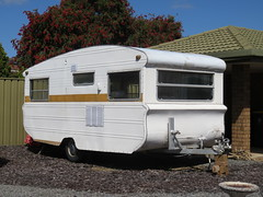 1950s/60s/70s Quest Caravan (RS 1990) Tags: 1950s60s70s quest caravan rv trailer redwoodpark teatreegully mcpharlinav mcewinav adelaide southaustralia thursday 27th october 2016
