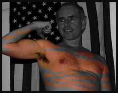 Monte UA large US flag 3 1 2010 ? (Monte Mendoza) Tags: montemendoza armpits underarms ua shirtless noshirt sincamisa man guy dude hombre sanschemise nipple homme uomo pecho colorized
