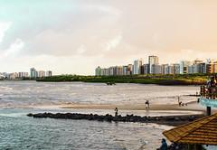 Praia Formosa - Aracaju, SE (fsnmagister) Tags: beach praia aracaju sergipe brasil nordeste sunset nikon d7100 aoarlivre beiramar costa litoral paisagem mar orla gua 50mm cinquentinha dslr natural natureza mar