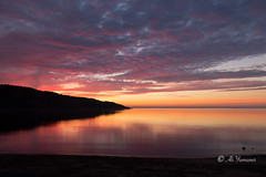 Sunrise in Tadoussac (Ali Yamaner) Tags: sunrise tadoussac reflection red yellow sun sky colourful