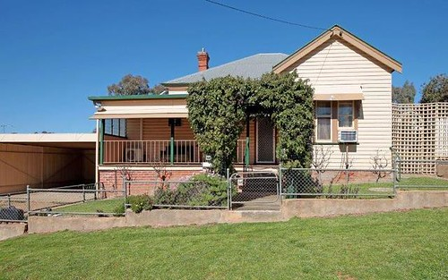 65 Hill St, Junee NSW 2663