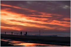 evening at the beach (HP019787) (Hetwie) Tags: evening zand zee see water avond sun zon sunset zonsondergang depier scheveningen sand zuidholland nederland