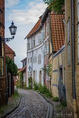 Lneburg (Sascha Behr) Tags: gasse lneburg lueneburg street houses silence stille abgelegen secluded germany deutschland afternoon nachmittag
