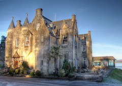 Stonefield Castle Hotel (Raphooey) Tags: gb uk scotland west coast mull kintyre argyll bute tarbert east loch stonefield hotel bespoke stone stonework slate roof roofs turret turrets verandah restaurant sky canon eos 70d hdr photomatix