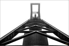 Zeche Zollverein (Onascht) Tags: ruhrgebiet industriedenkmal essen photoart herbst industrial weltkulturerbe frderturm nebel zollverein frderschacht schwarzweis onascht monochrome zeche blackandwhite fog digitalart black nikond610 white