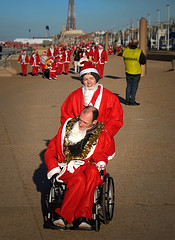 Blackpool Santa Dash 2016 (E300 DSLR) Tags: santa fatherchristmas blackpool fun promenade people red tower