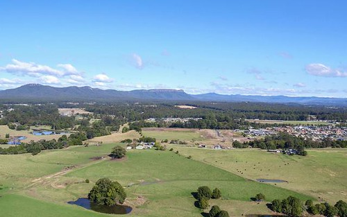 L220 Brenchley Circuit, Wauchope NSW 2446