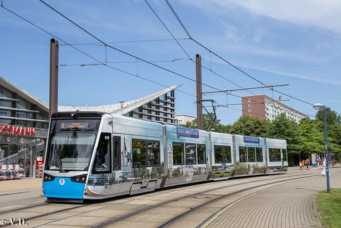 Stadler Rail Tramlink 6N2 der Rostocker Straßenbahn AG RSAG
