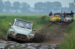 Mud... (CitroenAZU) Tags: citroen 2cv dyane mud