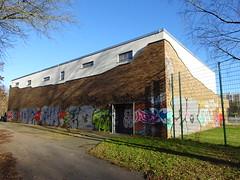 Sporthalle Stephan-Jantzen-Ring 3a (kleine Halle Schmarl) (fchmksfkcb) Tags: rostock mecklenburgvorpommern mecklenburg mecklenburgwesternpomerania