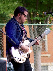 Beach Slang (Travis Estell) Tags: ohio music cincinnati band guitarist musicfestival overtherhine mpmf midpointmusicfestival beachslang mpmf2015 mpmf15