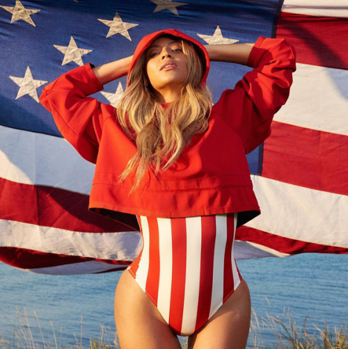 Beyoncé fica sexy por amor à pátria