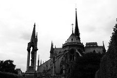 Notre-Dame (AAcerbo) Tags: blackandwhite bw paris france architecture canon french catholic cathedral gothic notredame