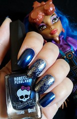 Robecca Steam! (lissa_is) Tags: blue nail nailpolish mattel nailart carimbo esmalte monsterhigh bundlemonster stampingplate biotropic