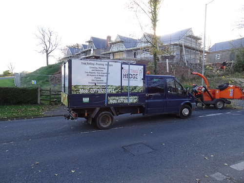 Cutting Hedge, Petersons', Maendy Way, Pontnewydd, Cwmbran 5 November 2016