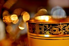 Golden Edge for Macro Mondays (Sizun Eye) Tags: edge macromondays golden bord tea cup ornement bokeh macro sizuneye nikond750 sigma105mmf28macro