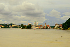 Passau,Bayern (Germany) (jens_helmecke) Tags: passau donau flus river wasser water gebude architektur nikon jens helmecke bayern deutschland germany