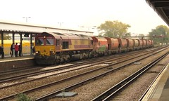 66030 Paddock Wood (localet63) Tags: lewishamdiverts medwayvalley freights
