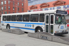 IMG_0870 (GojiMet86) Tags: mta green lines service nyc new york city bus buses 1999 orion v suburban 720 1712 5895 9831 nypd lexington avenue 125th street