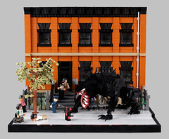 Spider-Man vs. Venom (Xenomurphy) Tags: lego moc bricks spiderman spidey venom milesmorales marvelcomics ultimateuniverse newyork brooklyn superhero
