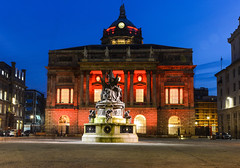 Liverpool town hall (paul hitchmough photography) Tags: biulding uk architecture nightphotography red longexposure nikond800 monument historically paulhitchmoughphotography townhall liverpool
