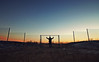 (felix.h) Tags: canoneos400d canon eos 400d eoskissdigitalx digitalrebelxti sigma1020mm sigma1020 wideangle winter cold fence man guy sky sunset sundown frankfurt frankfurtammain frankfurtmain rödelheim