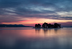 Sunset Scene Lake Shinji (Yohsuke_NIKON_Japan) Tags: d750 nikon 24120mm shimane lakeshinji lakeside sunset magichour bluemoment sanin japan scenery landscape longexposure yomegashima outdoor december zoomlens