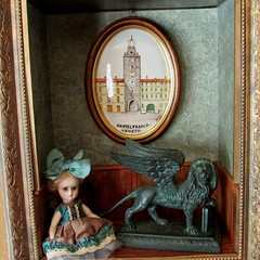 Contessa Alice (SJB Dolls) Tags: venice italy art doll dress lion sanmarco veneto wingedlion myling oddprincess