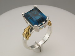 London Blue bi color SS ring