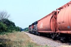 BNSF X-CN 9485W @ Honey Creek-2 (GRNDMND) Tags: cn illinois trains ci bnsf potash railroads honeycreek emd unittrain gp402lw