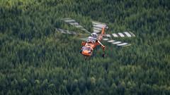 N172AC - Erickson Air-Crane - Sikorsky S-64E (bcavpics) Tags: canada chopper britishcolumbia aircraft aviation vancouverisland helicopter heli erickson sikorsky nimpkishlake aircrane s64e bcpics n172ac