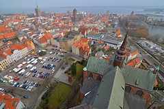 View over Stralsund Altstadt (Thomas Roland) Tags: world city travel sea panorama heritage church st germany see town view cathedral kirche baltic unesco stadt marys marienkirche tyskland ostsee stralsund league stad hav deutchland hansestadt udsigt kirke domkirke hanseatic mecklenburgvorpommern katedral rejse stersen hansestad