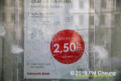 Proteste gegen Neonaziaufmarsch in Leipzig - Südvorstadt - Connewitz - 12.12.2015 - Leipzig - le1212 IMG_8248 (PM Cheung) Tags: leipzig demonstration sachsen proteste südvorstadt hooligans npd neonazis barrikaden csgas wasserwerfer nationalismus schlagstock krawalle rassismus naziaufmarsch gegendemonstration connewitz tränengas ausschreitungen sternmarsch südplatz htwk räumpanzer christianworch karlliebknechtstrase pmcheung pomengcheung lotharkönig facebookcompmcheungphotography dierechte pegida legida mengcheungpo silviorösler 12122015 leipzigconnwitz thügida offensivefürdeutschland leipzigbleibtrot protestfürfriedenundvölkerfreundschaft davidköckert gegenlinkenterrorunddielinkediktatur le1212